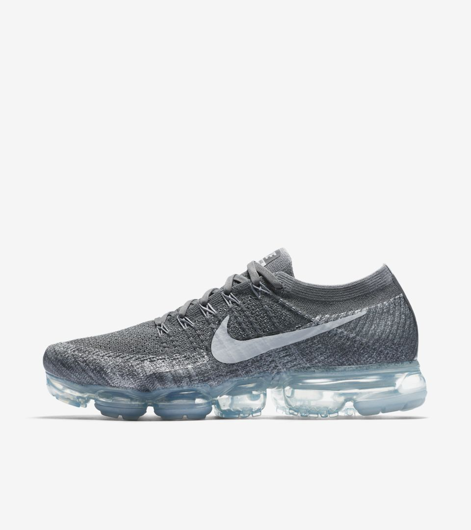 competitive price 21560 9840a Nike Vapormax Flyknit 'Asphalt'. Nike⁠+ SNKRS