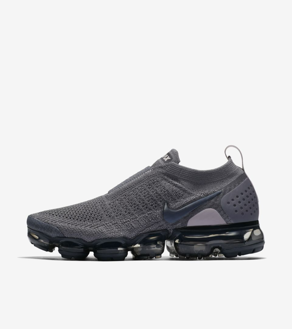 Nike Women s Air Vapormax Moc 2  Gunsmoke   Blackened Blue  Release ... f1e48c68ec