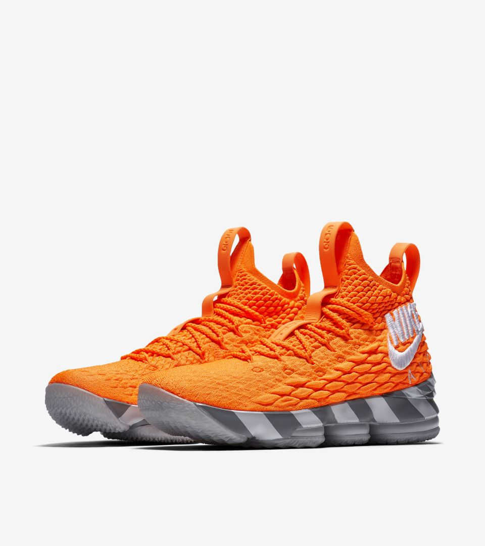 super popular cf798 37ea3 Nike Lebron 15 'Orange Box' Release Date. Nike⁠+ SNKRS