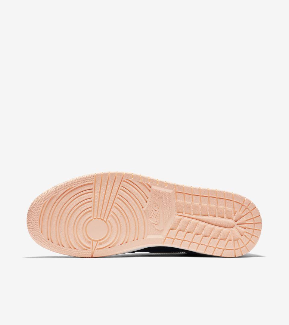 Air Jordan 1 'Black & Hyper Pink' Release Date