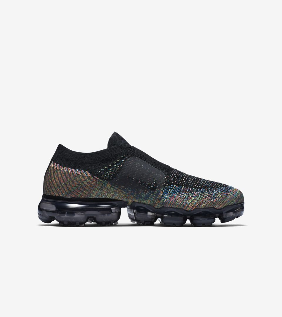 2dc2b134bf0f4 Cyber Monday 2017  Nike Women s Air Vapormax Moc Multicolor Release ...