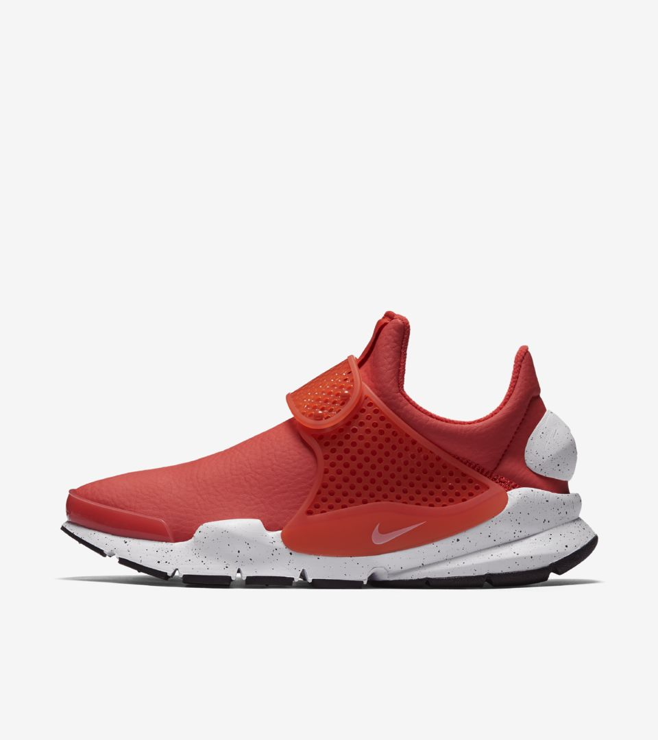 sports shoes 037fd b1617 Women's Nike Sock Dart Premium 'Max Orange' 2017. Nike+ SNKRS