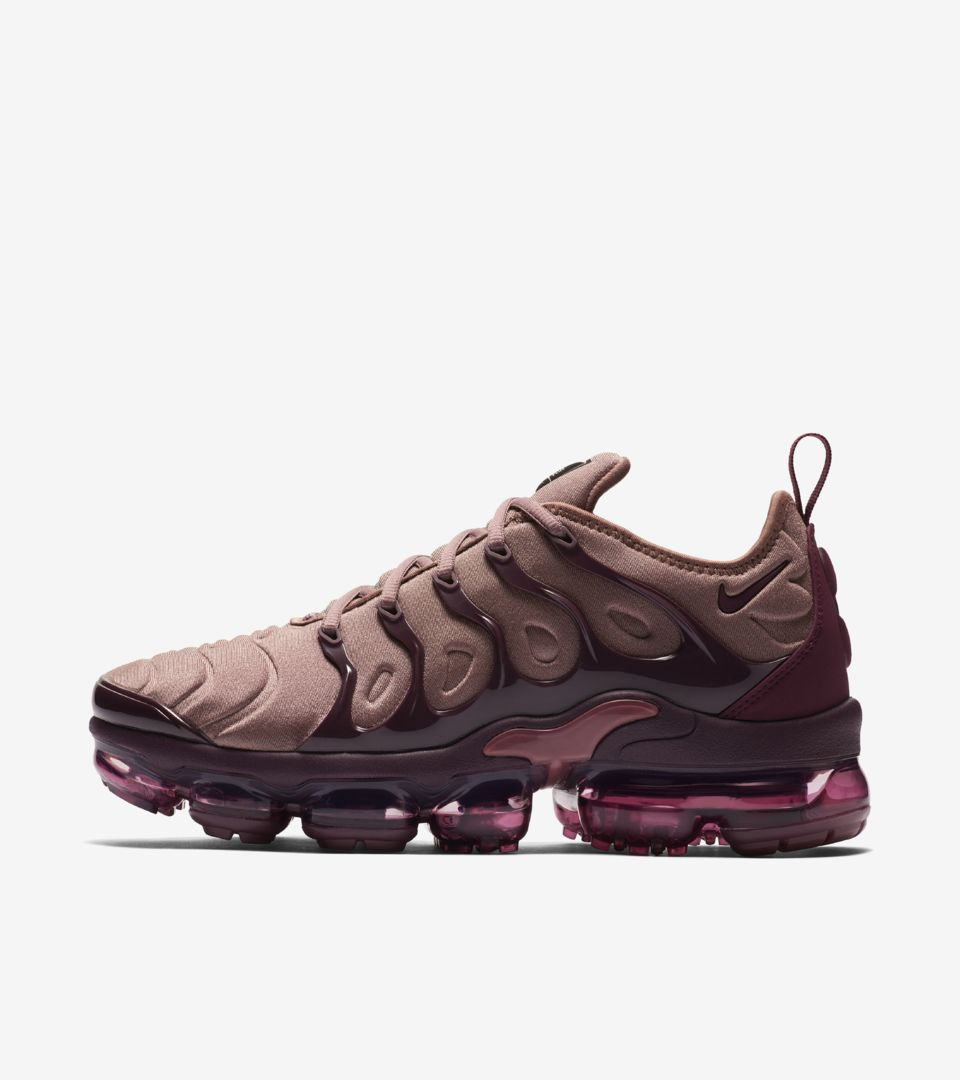 20201e4da24 Women s Air Vapormax Plus  Smokey Mauve   Bordeaux  Release Date ...