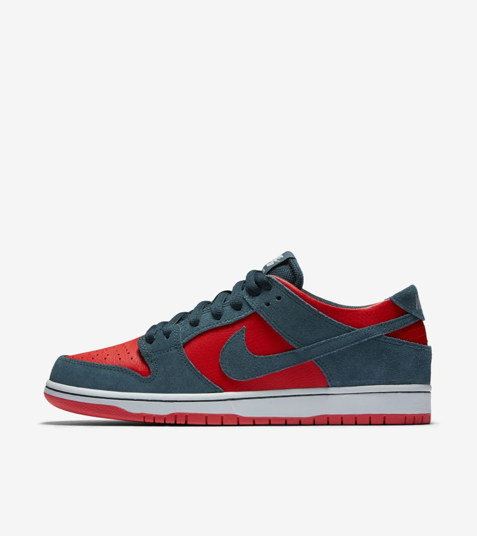 competitive price 9b499 157ae Nike Dunk Low SB Pro 'Nightshade & Chile Red'. Nike⁠+ SNKRS