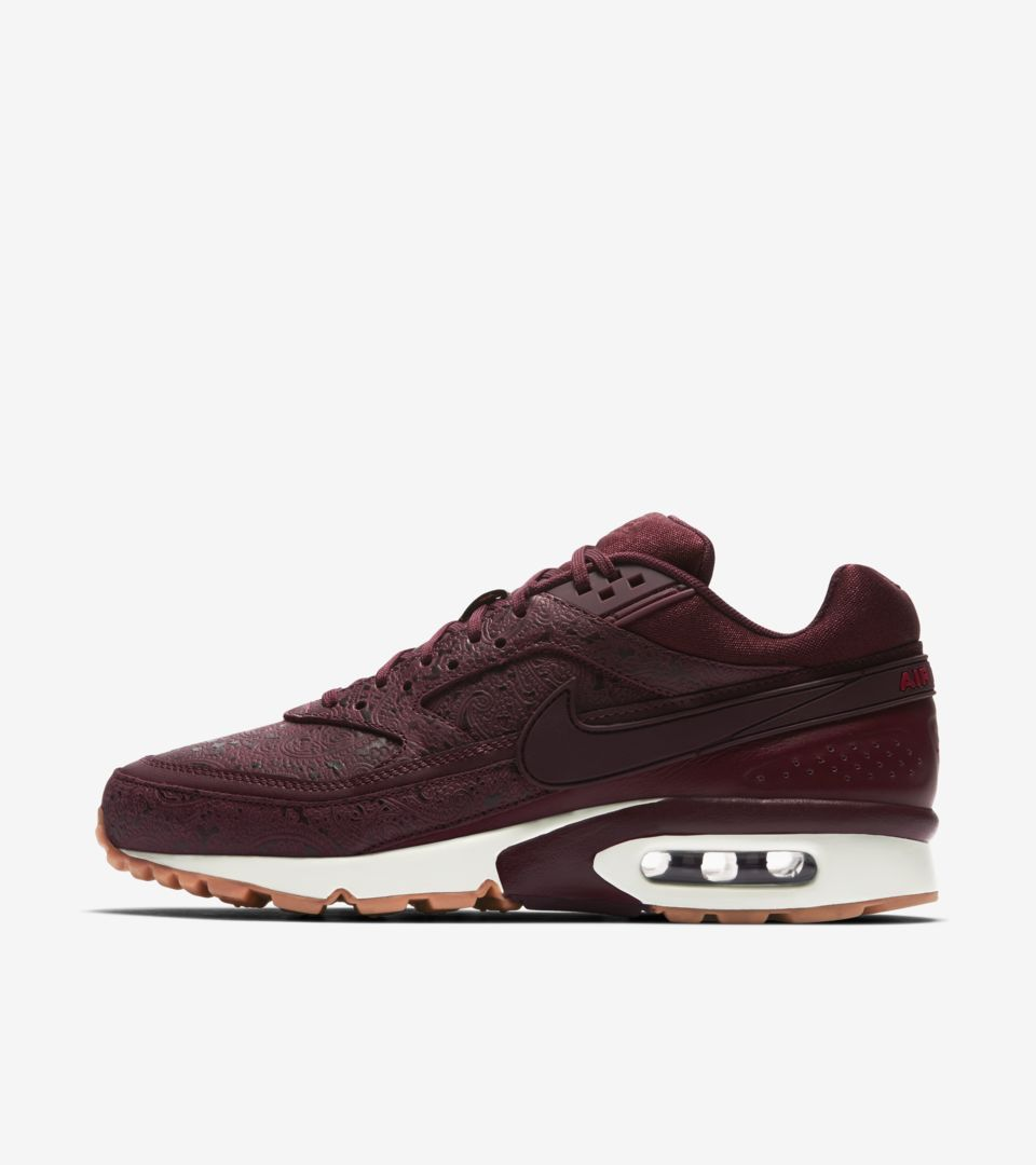 new concept 6ce43 d186e Women s Nike Air Max BW  Night Maroon   Sail . Release Date. Nike⁠+ ...