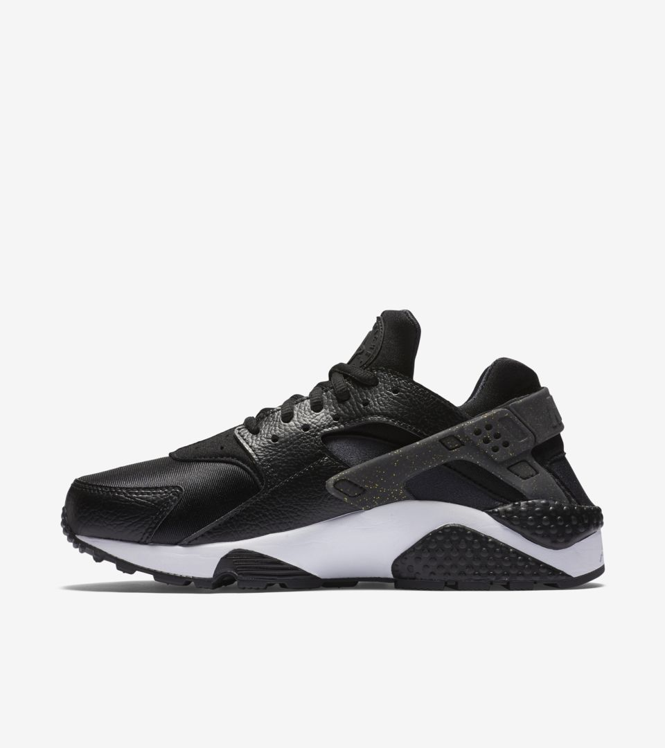 WMNS SB50 NIKE AIR HUARACHE RUN