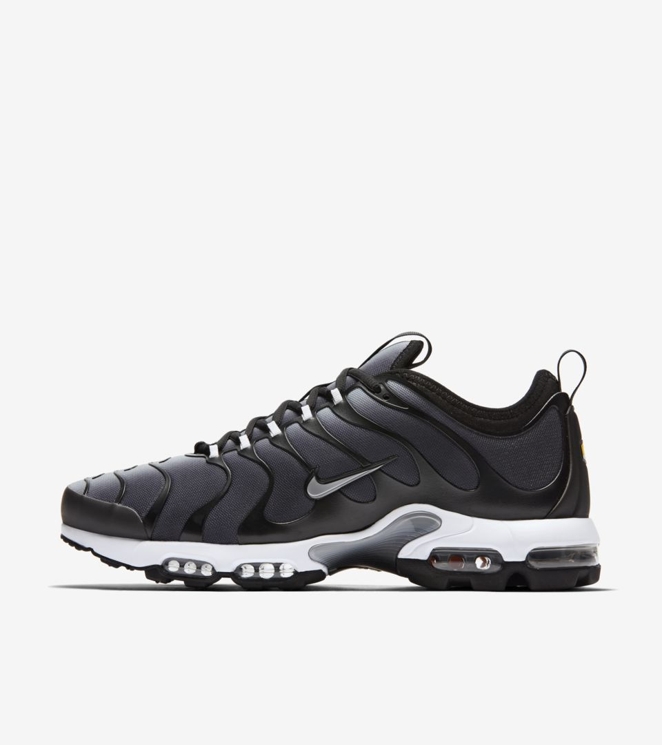 b5820793cfcad Nike Air Max Plus TN Ultra  Black  amp  Wolf Grey  Release Date ...