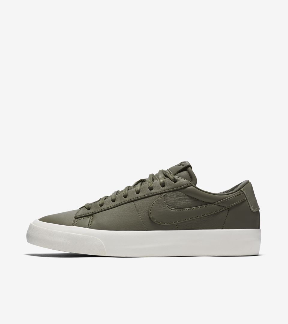 best service 97053 224f4 NIKELAB BLAZER STUDIO LOW ...