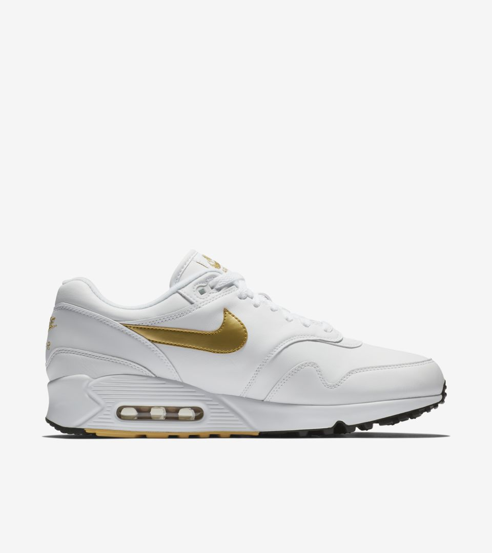 cheap for discount 0fab7 a6326 Nike Air Max 90 1  White   Metallic Gold  Release Date