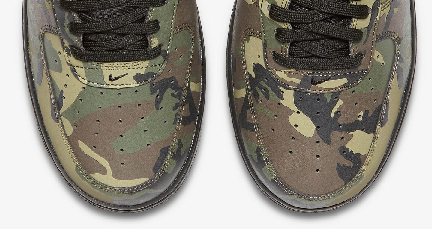 Nike Air Force 1 Low 07 'Medium Olive Camo Reflective