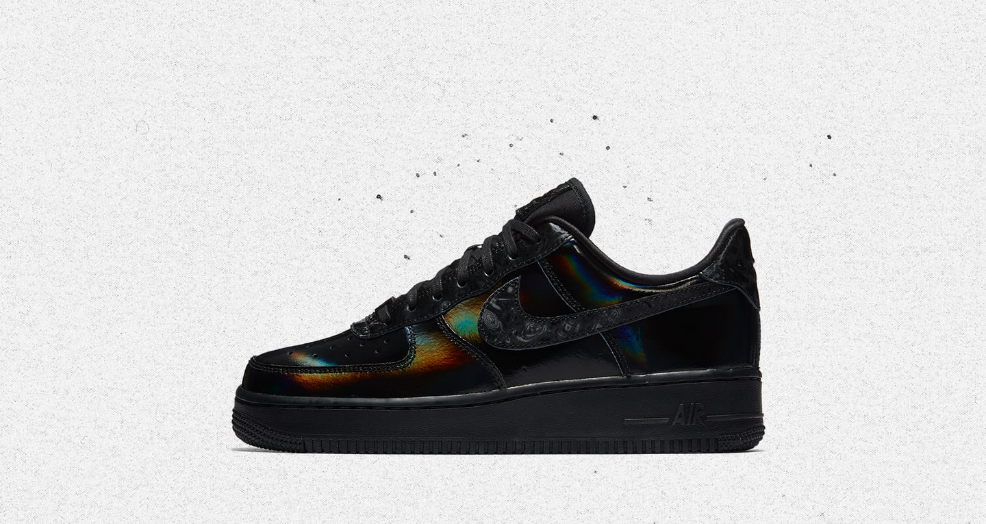Nike Women's Air Force 1 Low 'Black & Summit White' Release