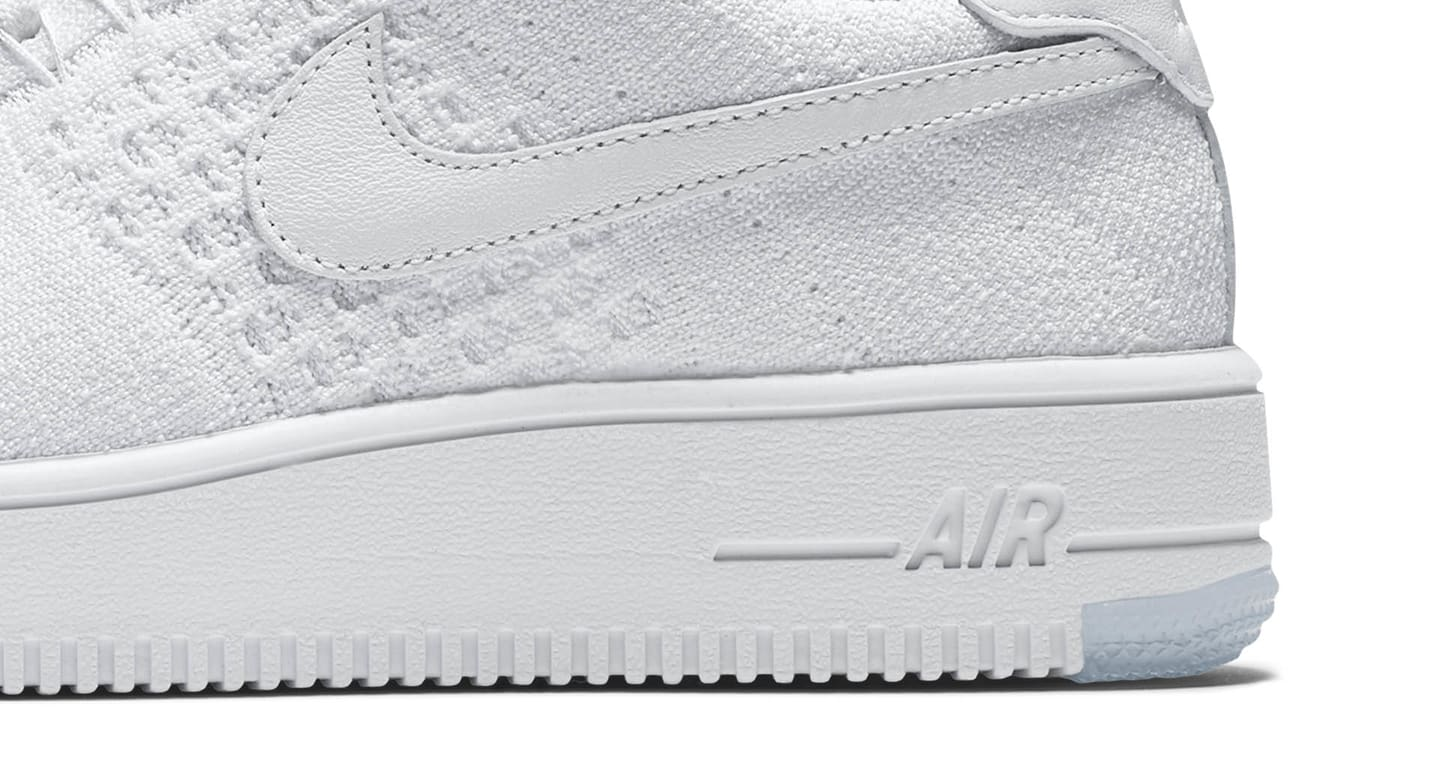 Nike WMNS Air Force 1 Flyknit Low White Radiant Emerald