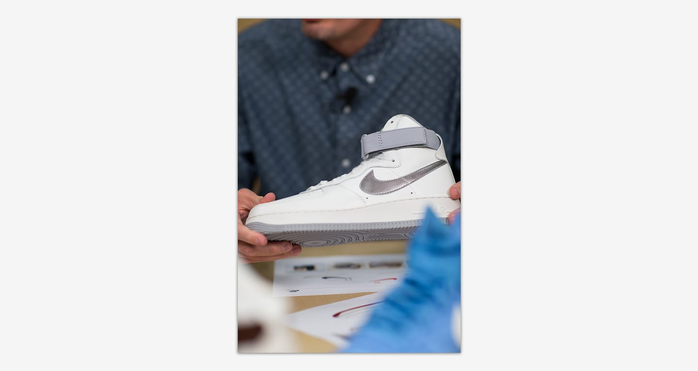 Dietro il design: Nike Air Force 1. Nike SNEAKRS IT