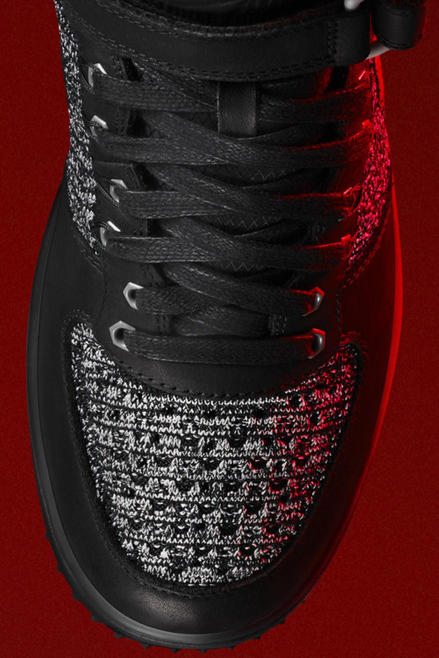 Dámská bota Nike Lunar Force 1 Flyknit Workboot 'Black & White'. Datum uvedení na trh
