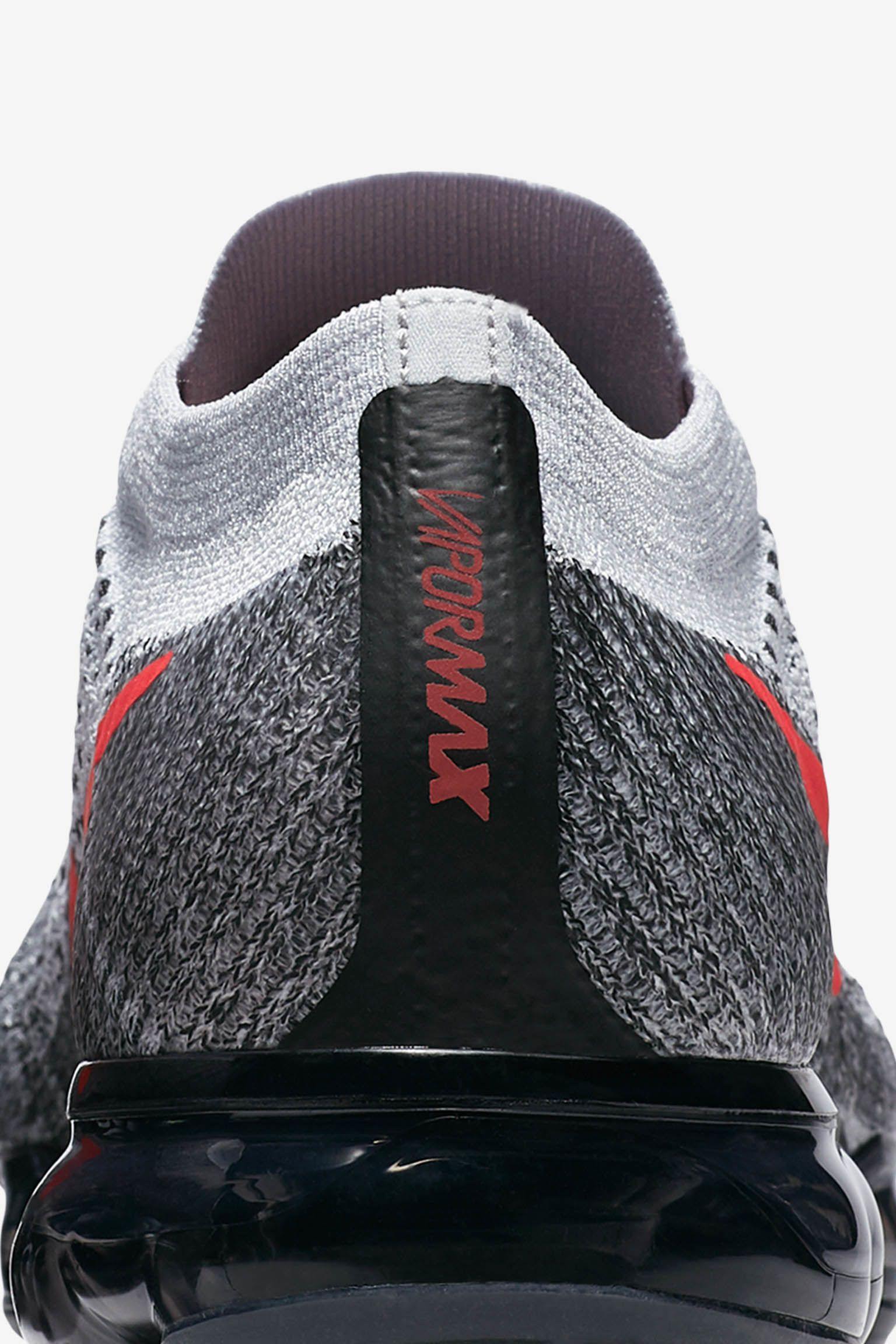 Nike Air Vapormax 1 OG 'Pure Platinum & University Red' Release Date
