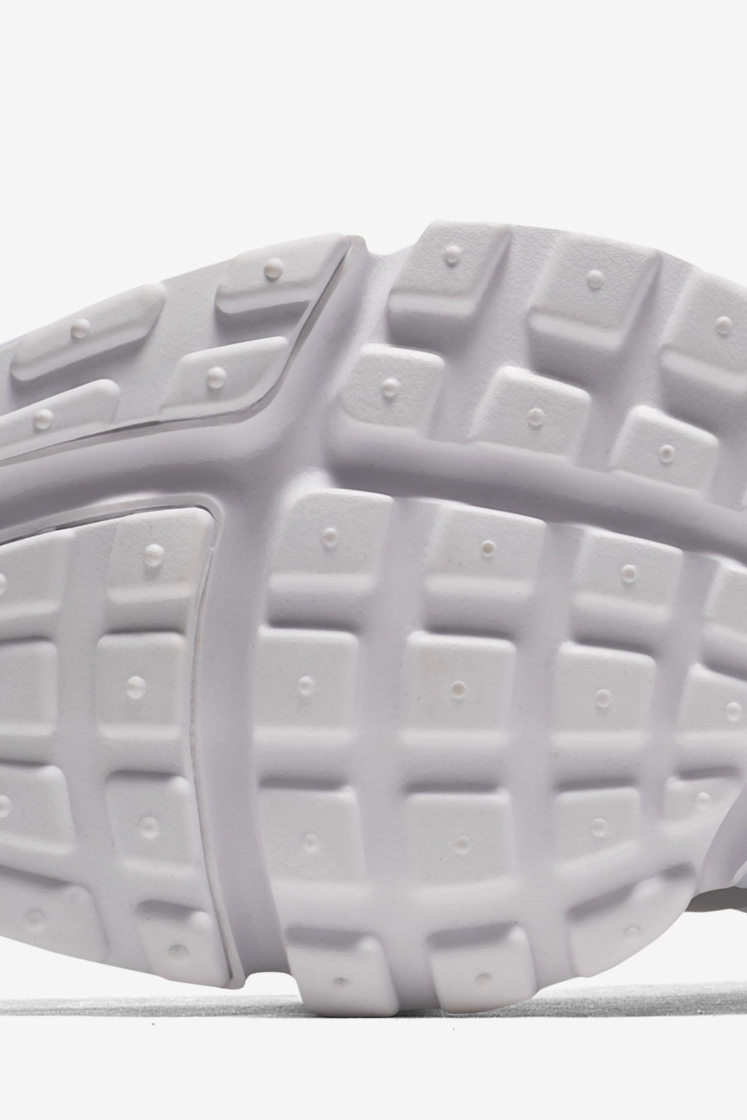 Nike Air Presto Ultra Flyknit 'Triple White' Release Date