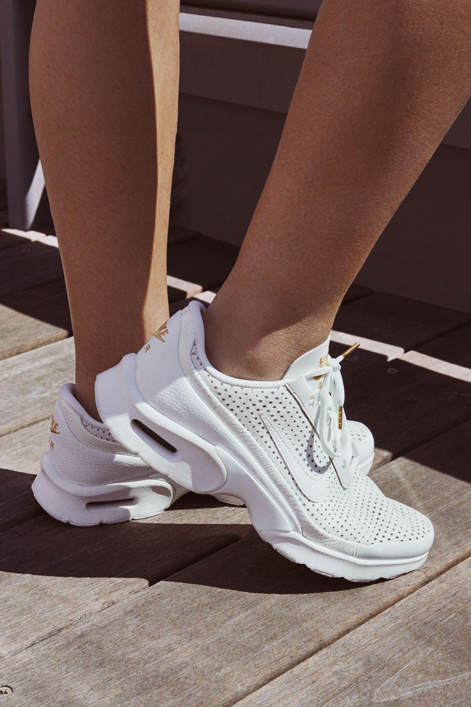 Billig Nike Air Max Jewell På Nett Svart Hvite Rosa