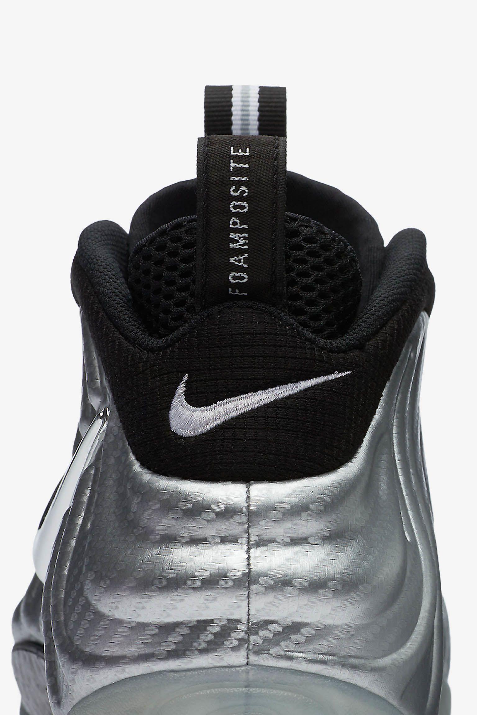 Nike Air Foamposite Pro  Metallic Silver . Nike+ SNKRS 2e26e79bf8