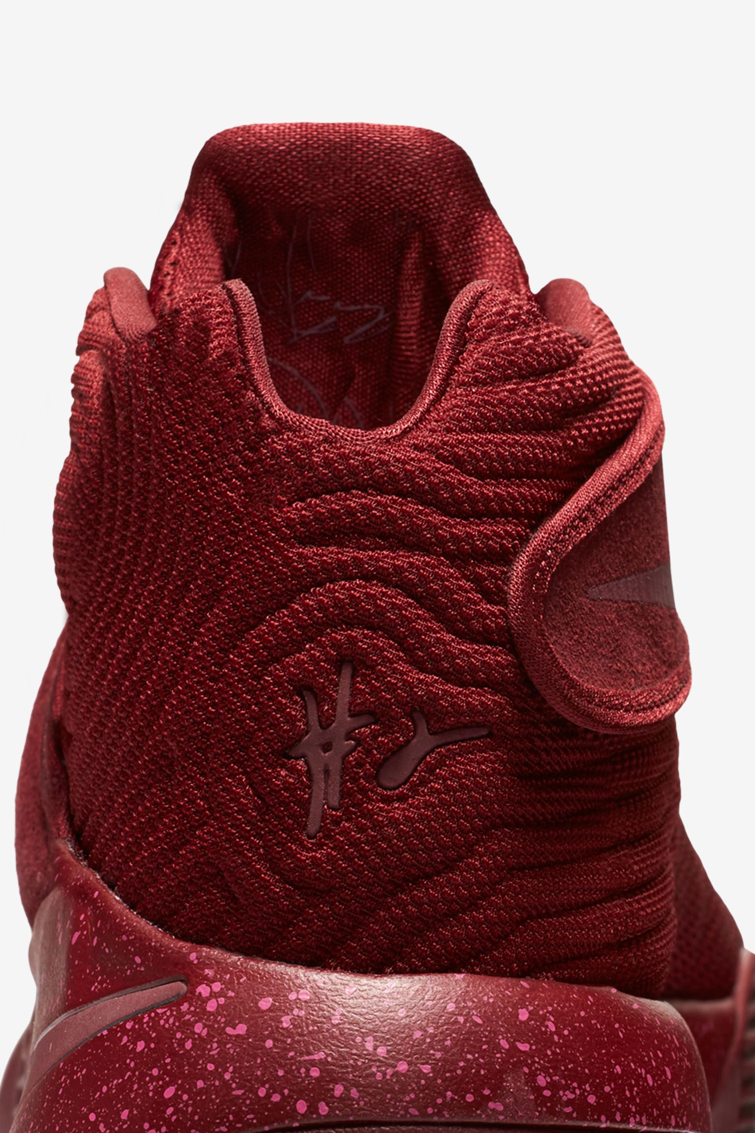detailed pictures 70880 a15e8 usa kyrie 2 velvet red up 3480e 0f19b