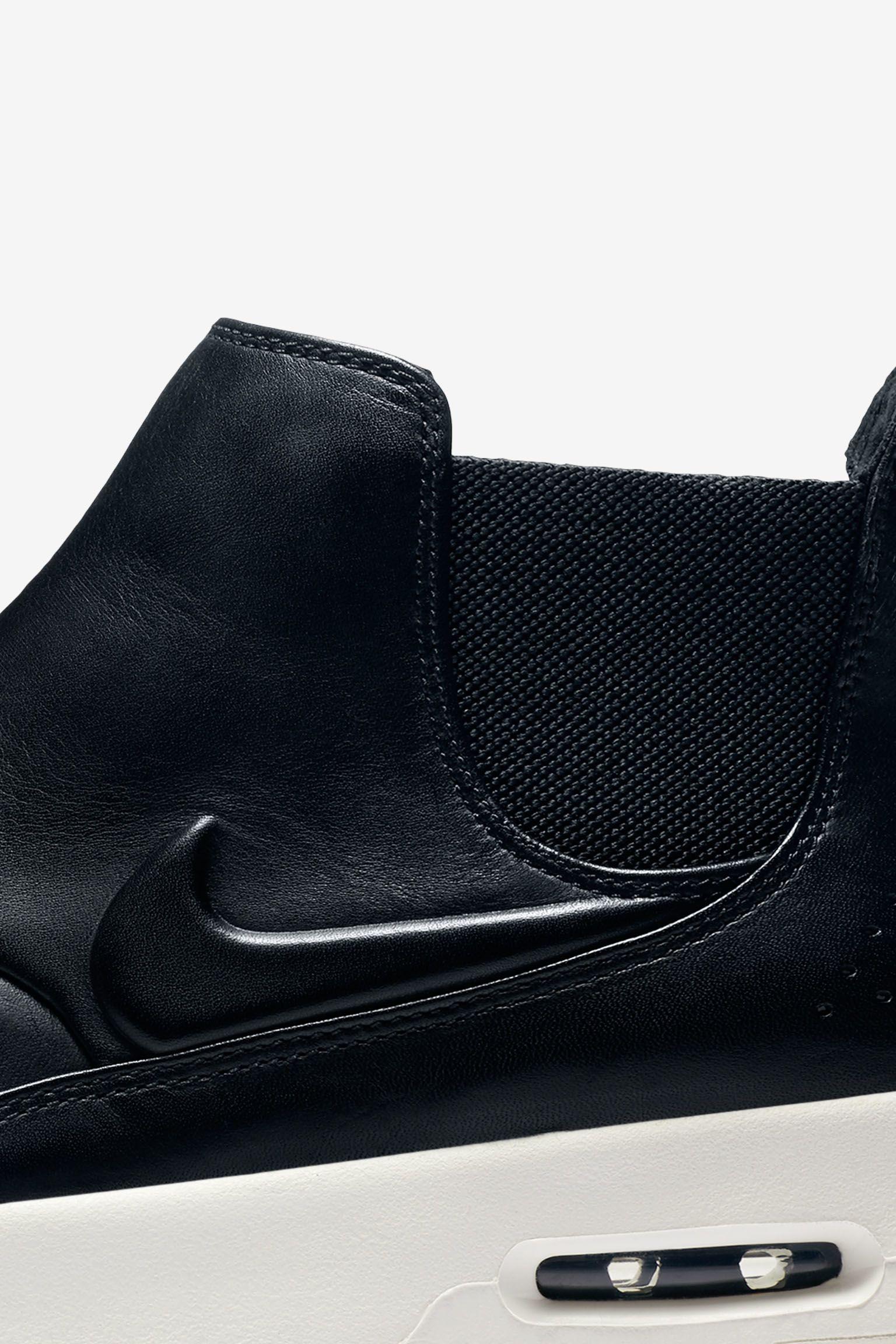 Nike Air Max Thea Mid « Black & White » pour Femme