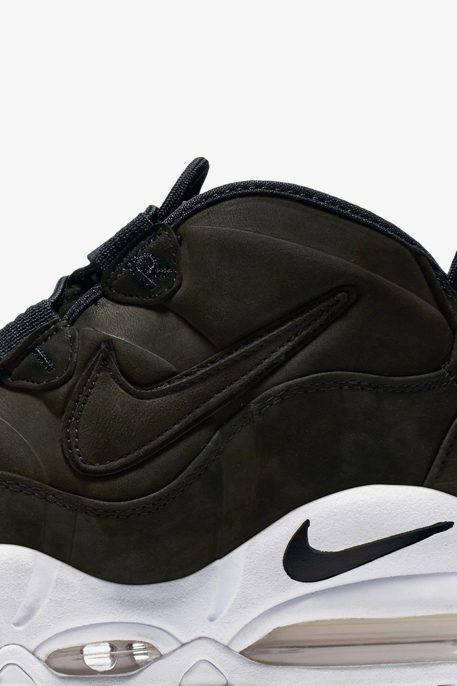 Nike Max Uptempo 'Black & White'