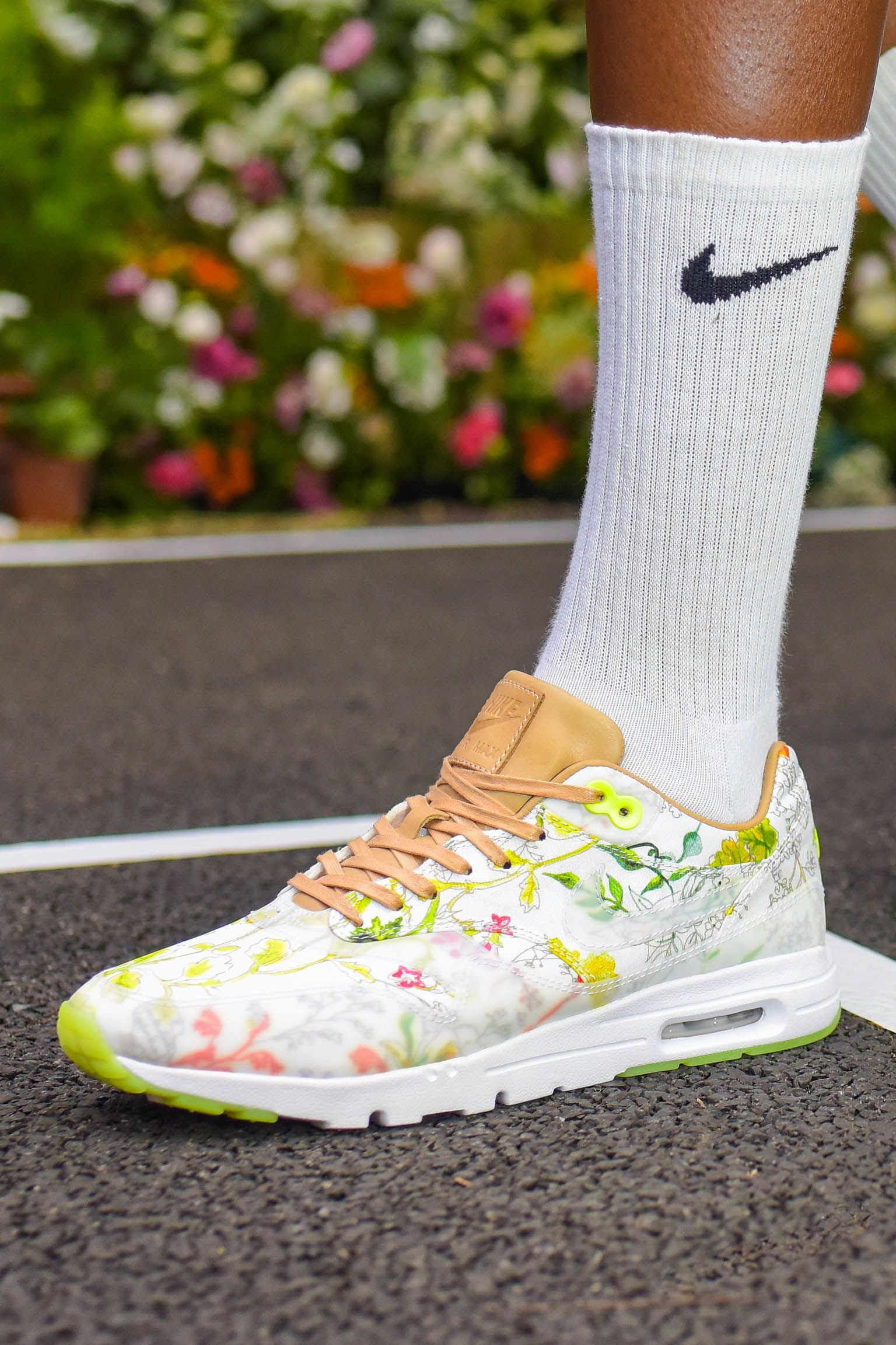 Kolekcja NikeCourt x Liberty: Dawn Meadow