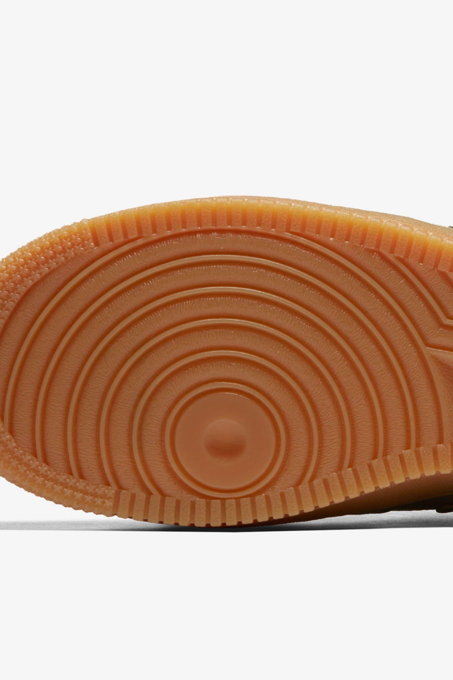 女款 Nike SF AF-1 Mid 'Dark Stucco & Gum Light Brown' 发布日期