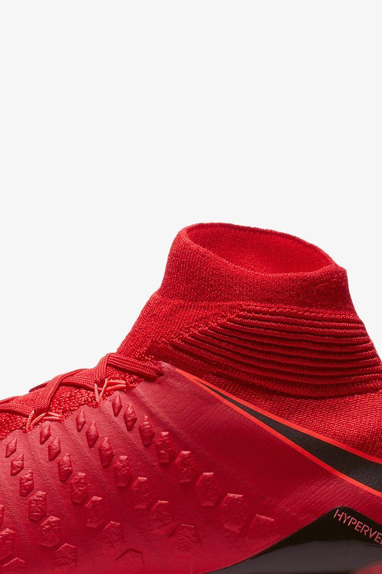 3cf60c7a94fa Nike Play Fire Hypervenom Phantom 3 DF. Nike.com GB