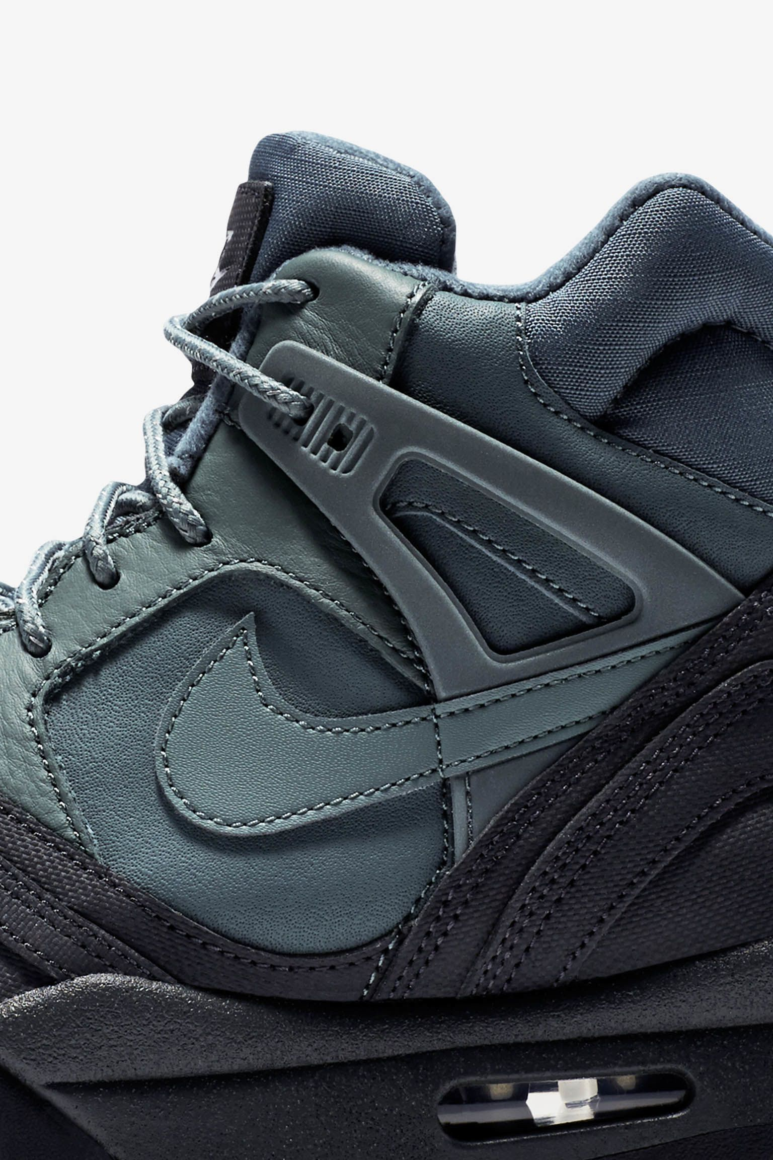 Nike Air Tech Challenge II 'Hasta & Anthracite'