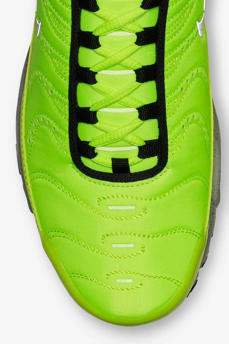 Nike Air Max Plus Premium 'Full Volt & Matte Silver' Release Date