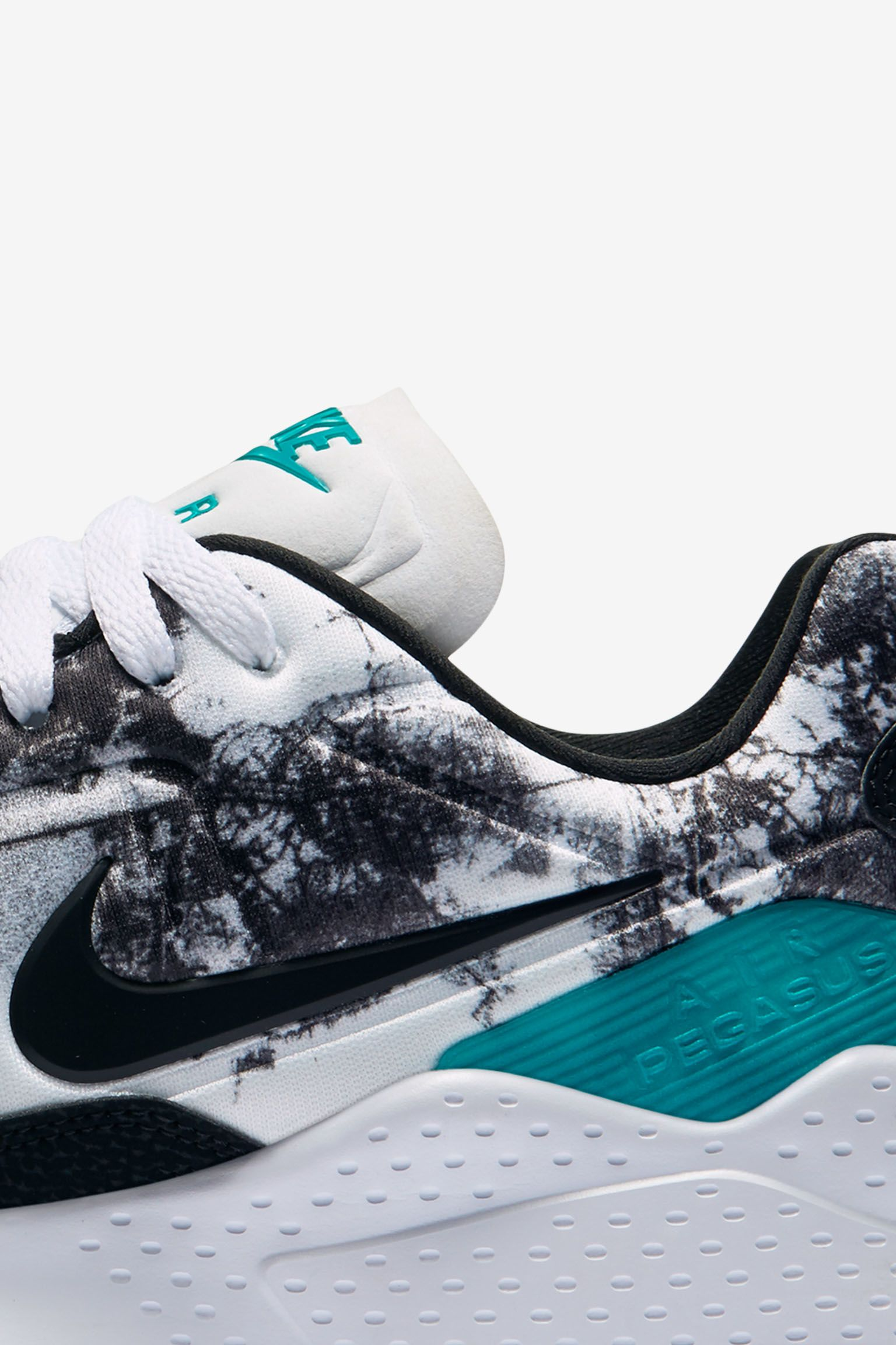 Nike Air Zoom Pegasus 92 'White & Rio Teal'