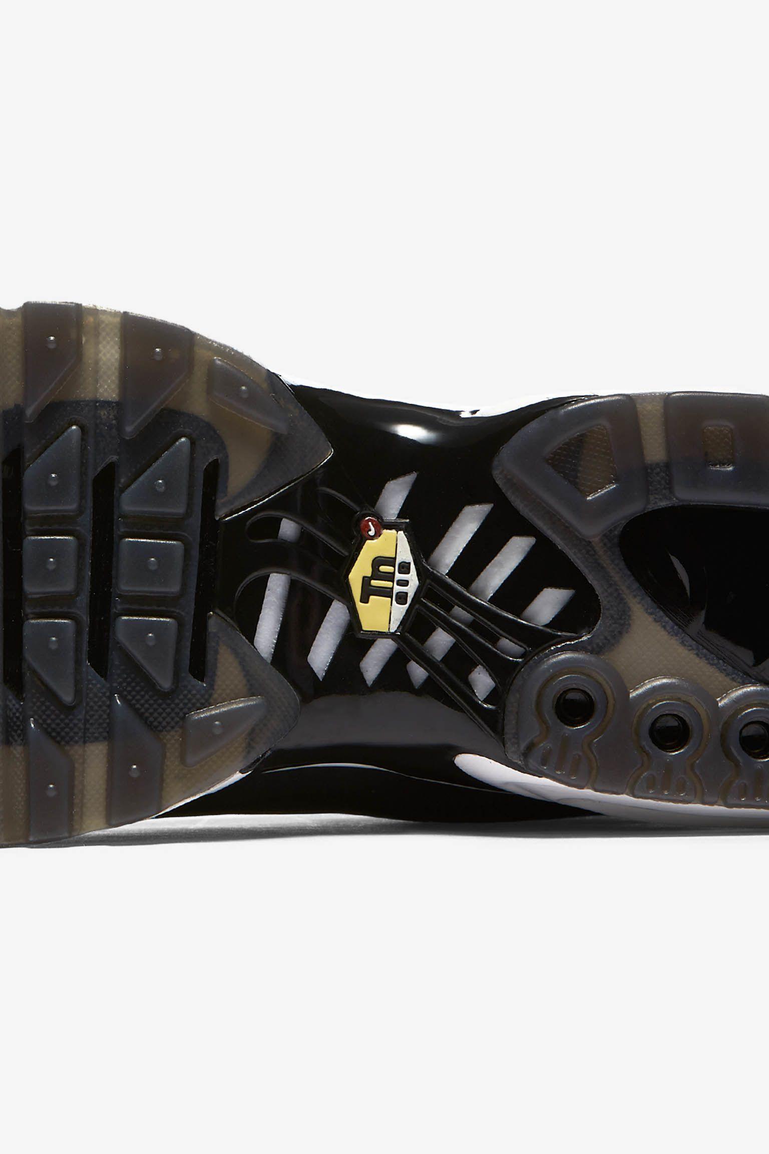 Nike Air Max Plus Big Logo 'Black & White' Release Date