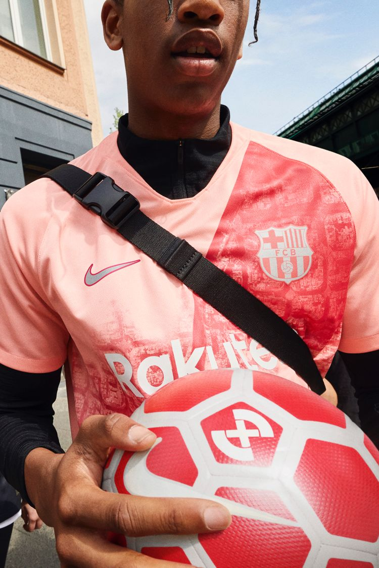 Club 3rd Kit How to Wear