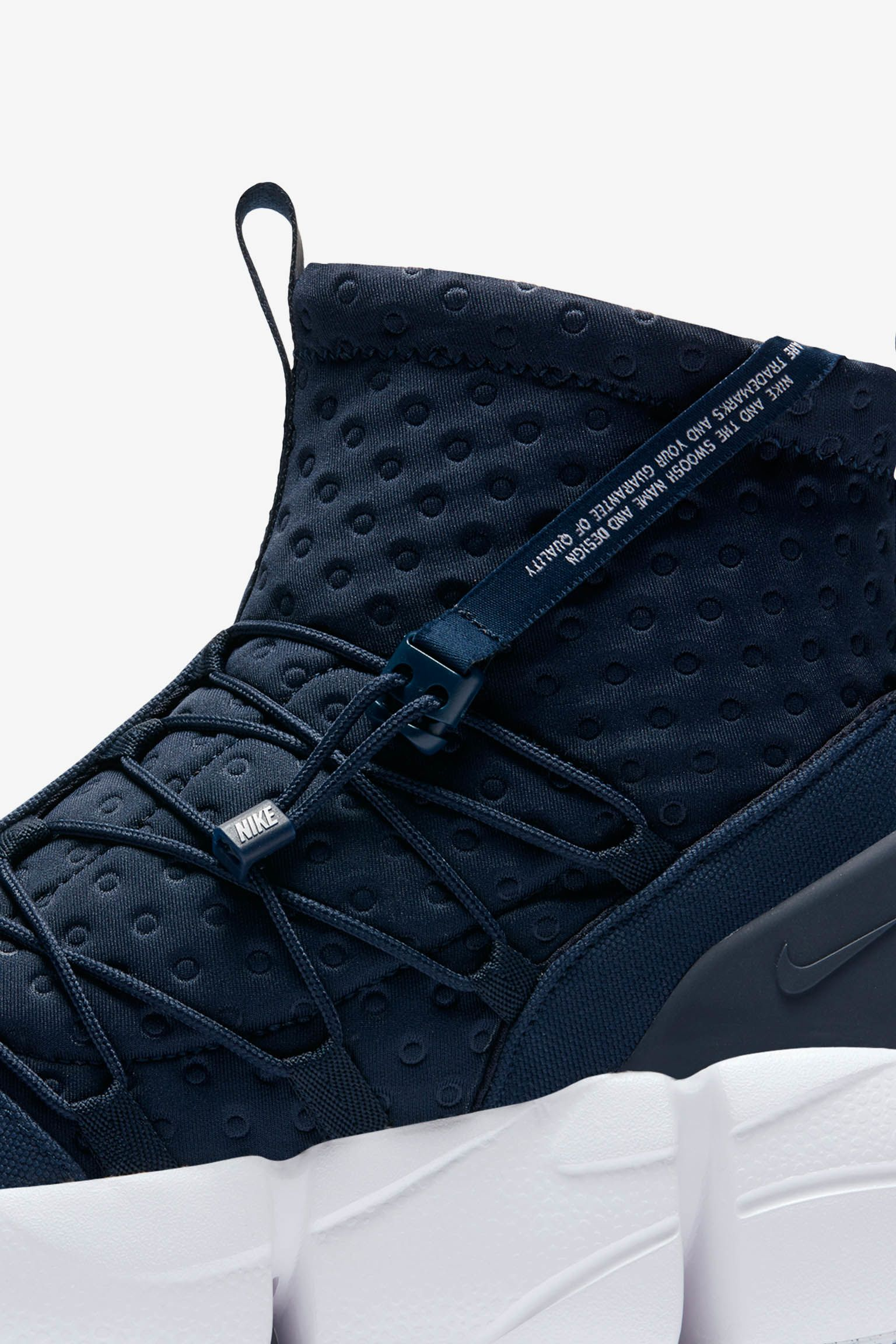 Nike Air Footscape Mid Utility 'Obsidian & White' Release Date