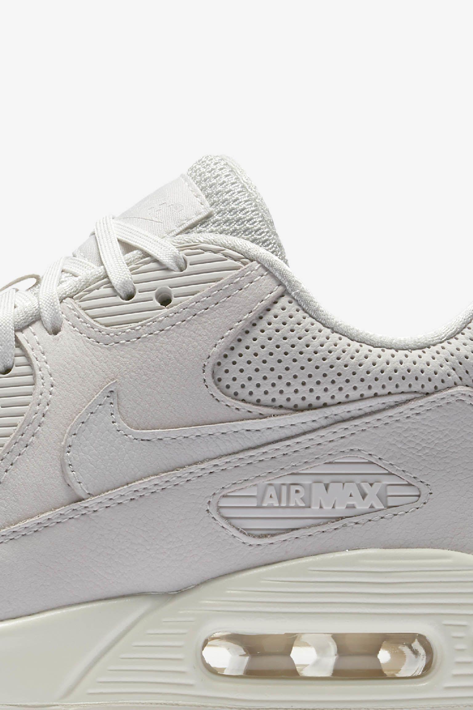 Women s Nike Air Max 90 Pinnacle  Light Bone . Nike+ Launch GB 8f9417c8e