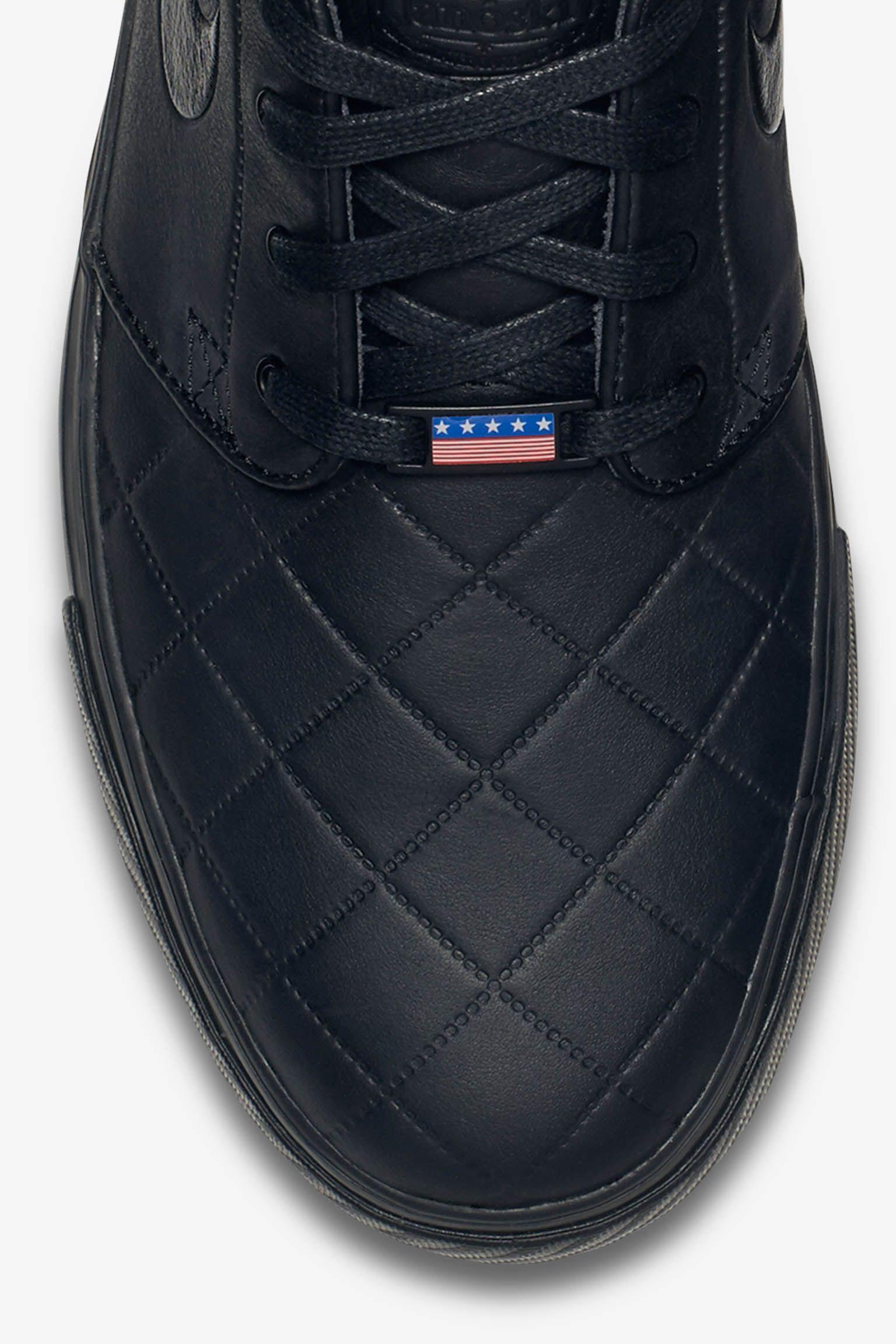 Nike SB Zoom Stefan Janoski Elite 'Triple Black'