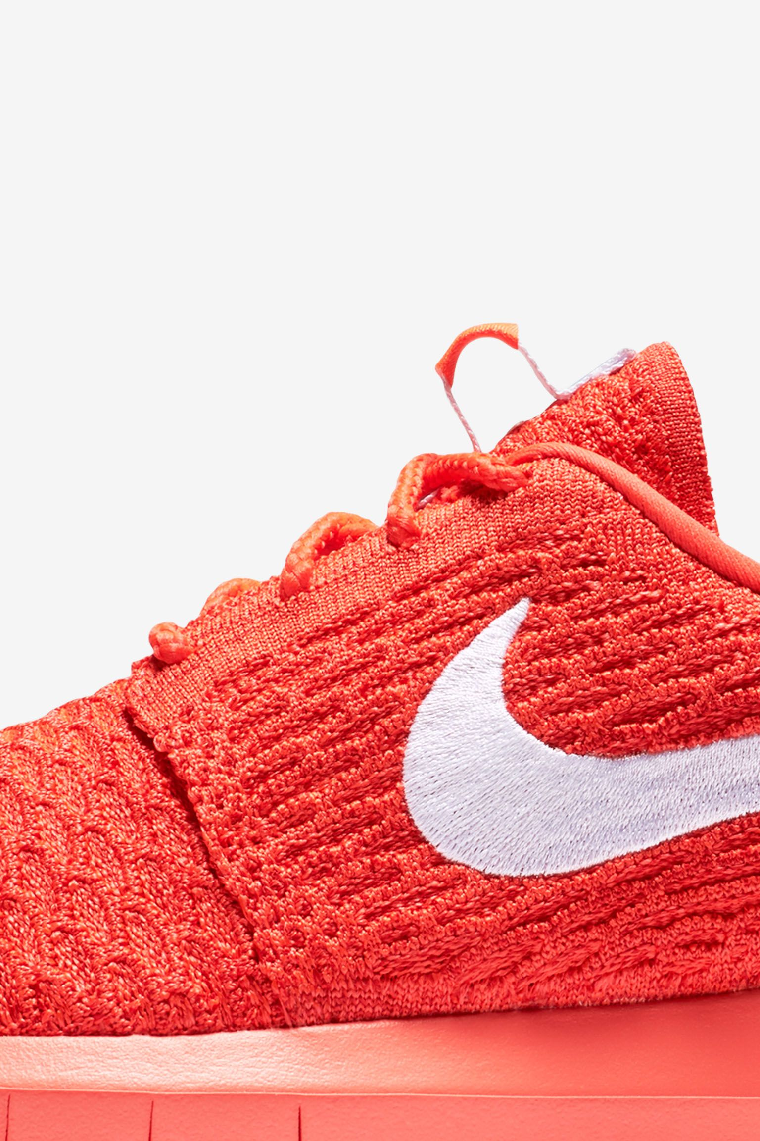 Women's Nike Roshe One Flyknit 'Crimson'