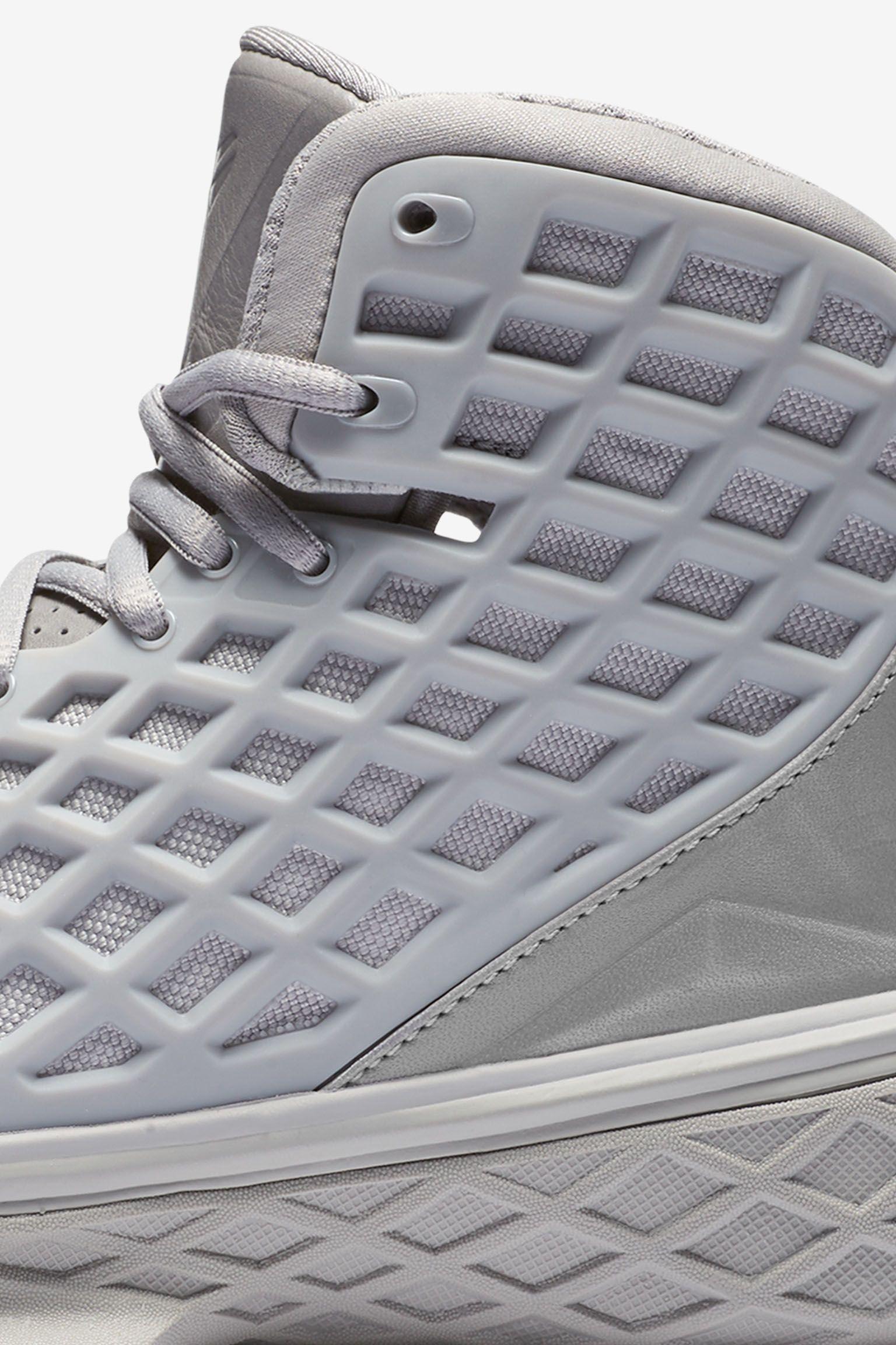 Nike Zoom Kobe 3 'FTB' Release Date