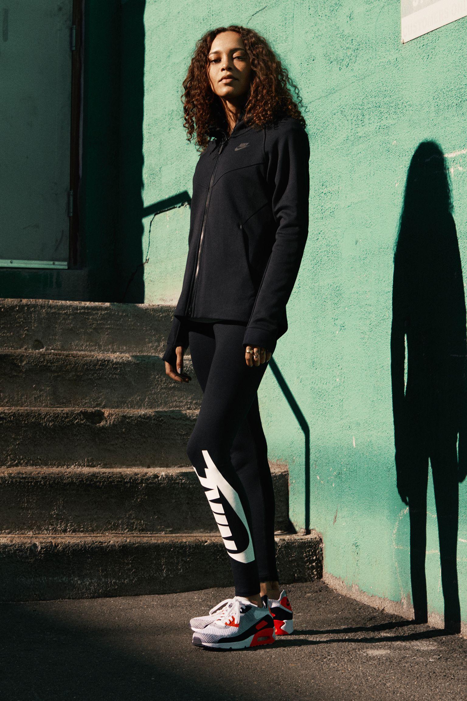 Nike Air Max 90 Ultra 2.0 Flyknit « White & Bright Crimson » pour Femme
