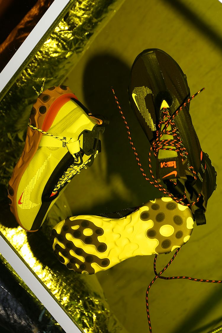 Nike React Runner Mid iSPA 'Black & Anthracite & Total Crimson' Release Date