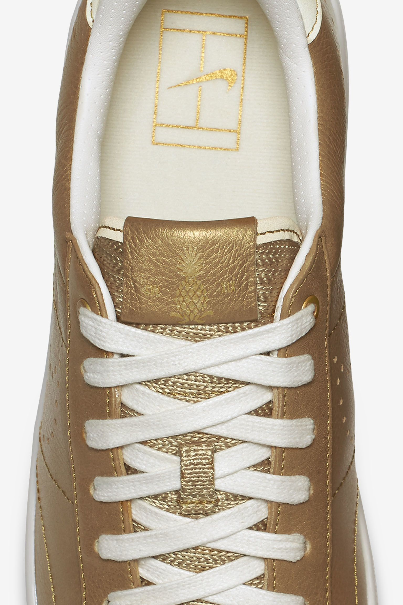 NikeCourt Tennis Classic Ultra 'Gold Leather'