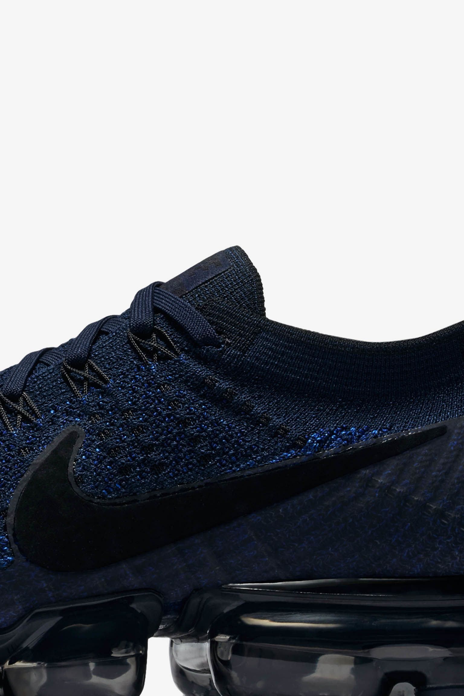 Nike Air VaporMax Flyknit Day to Night 'College Navy'