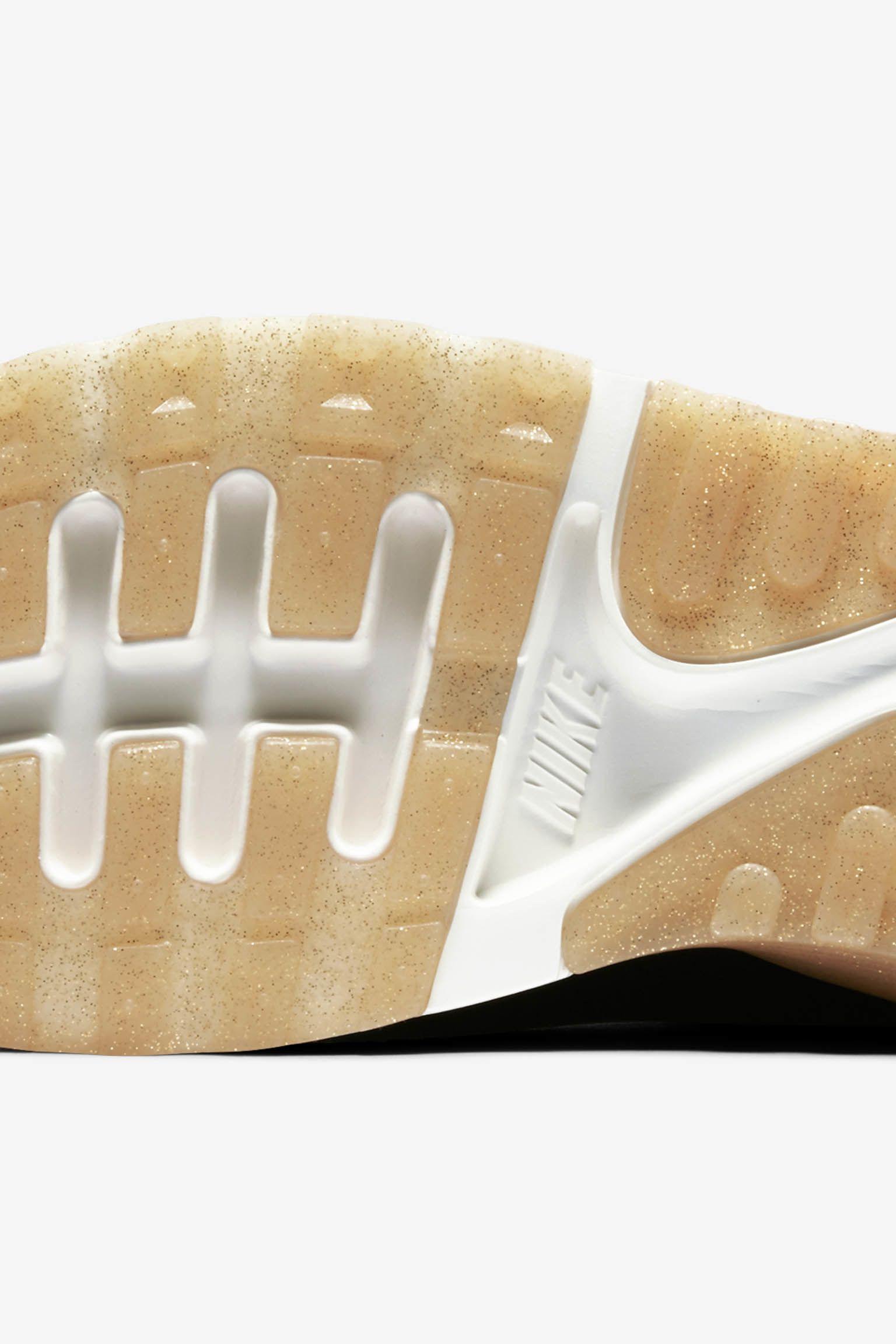 "Nike Air Max 90 Ultra 2.0 Flyknit Metallic ""Black & Metallic Gold"" - Donna"
