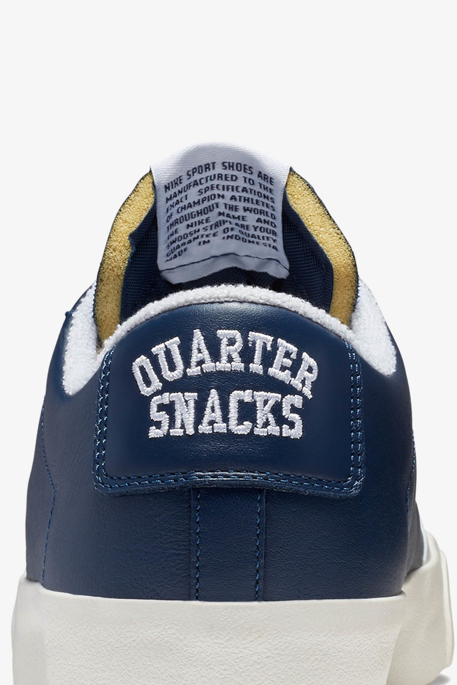 Nike SB Zoom Blazer Low Quartersnacks 'Navy & White' 发布日期