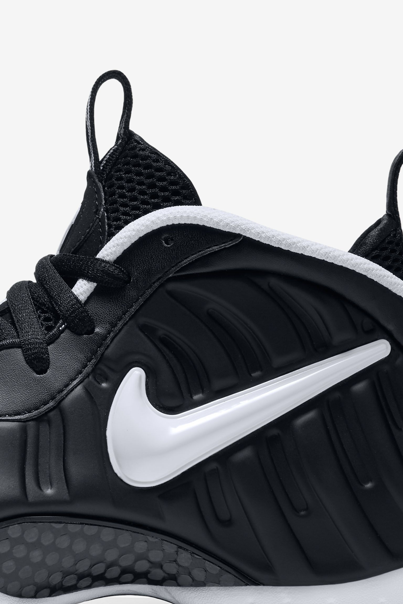 Nike Air Foamposite Pro 'Black & White' 2016