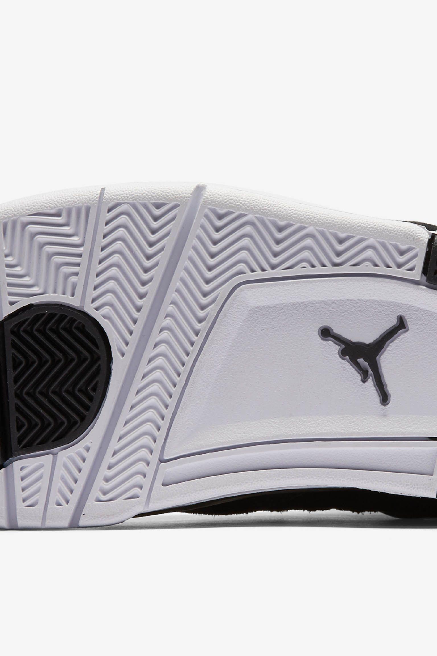 Air Jordan 4 Retro 'Royalty'