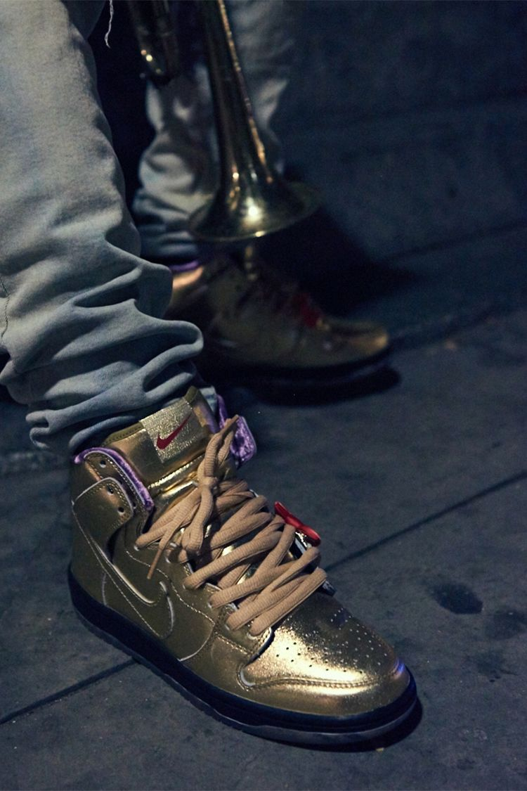 Nike SB Dunk High x Humidity 'Metallic Gold' Release Date.