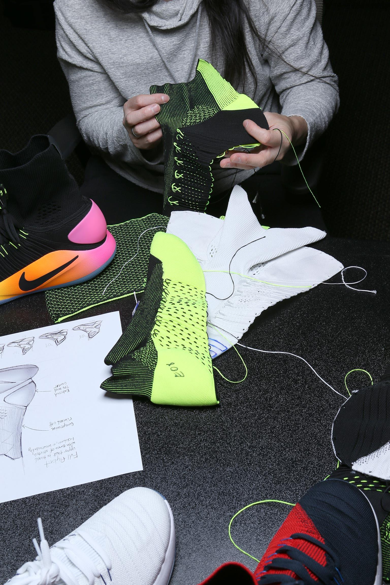 Tajemství designu: Nike Hyperdunk 2016 Flyknit