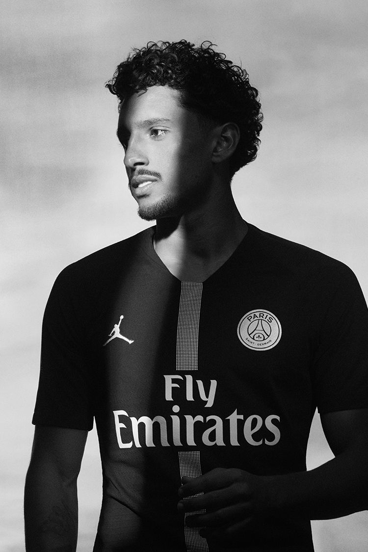 Jordan x Paris Saint-Germain Black Kit