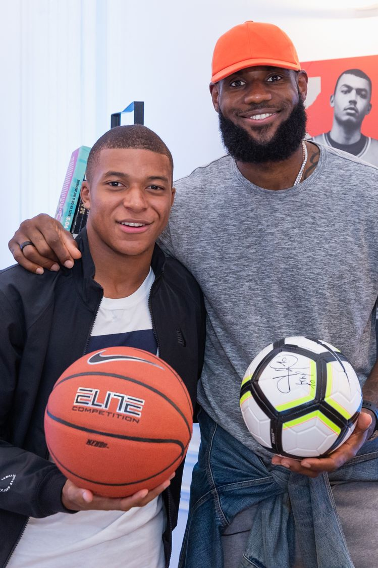 Kylian Mbappé, Lebron James